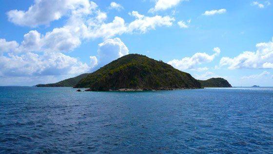 Bild der Küste von Peter Island