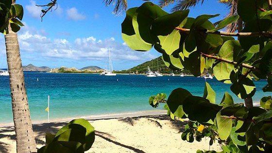 Bild vom Strand von Peter Island