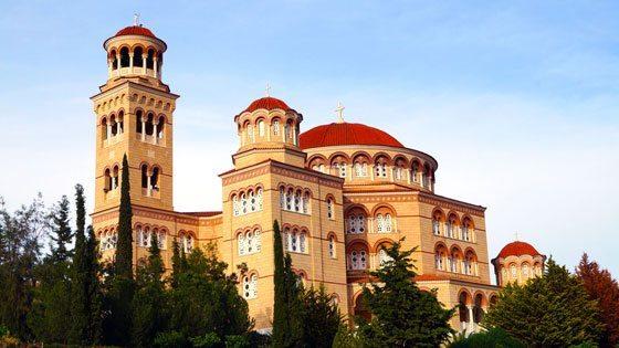 Bild vom Blick auf das Kloster Agios Nektarios auf Aegina