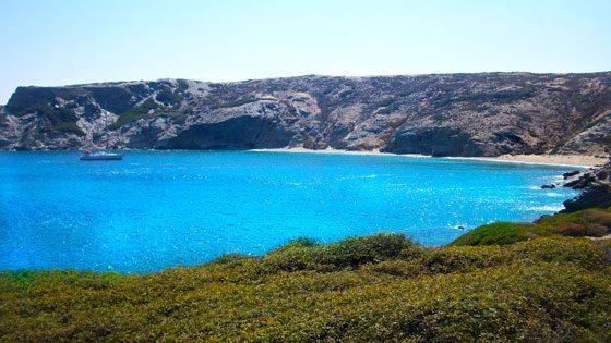 Bild einer einsamen Bucht vor Amorgos
