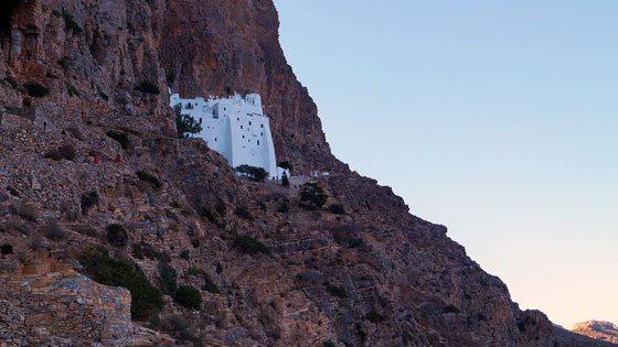 Bild des Felsenklosters Panagia Chozoviotissa auf Amorgos