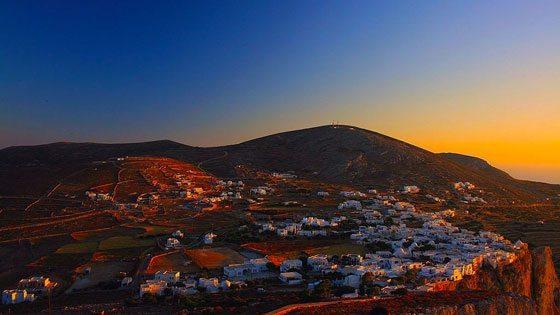 Bild vom Sonnenuntergang bei Chora auf Folegandros