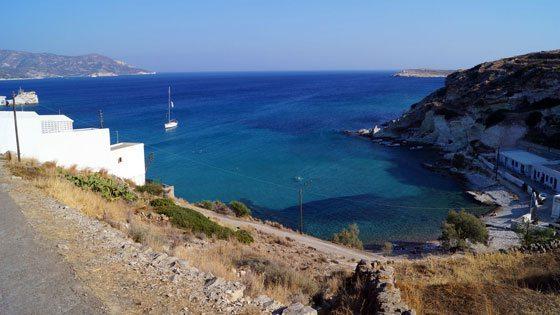 Bild vom Ausblick auf der Insel Kymolos auf einsame Bucht