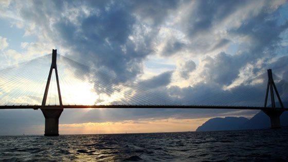 Bild der Rio-Andirrion-Bruecke