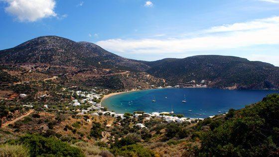 Bild von der Bucht bei Vathi auf Sifnos