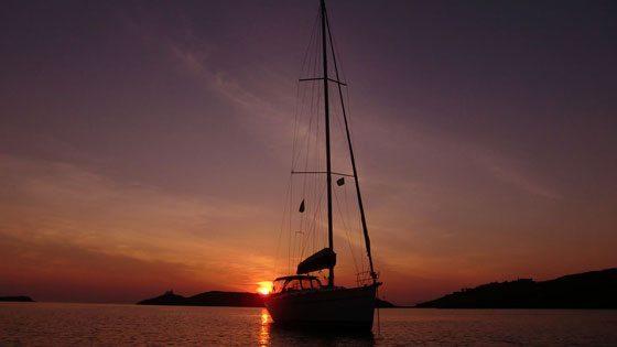 Bild vom Sonnenuntergang vor Kea