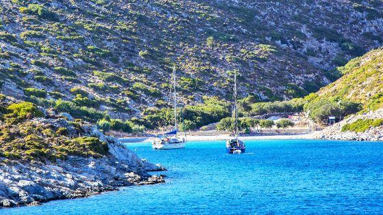 Bucht auf Agathanisi